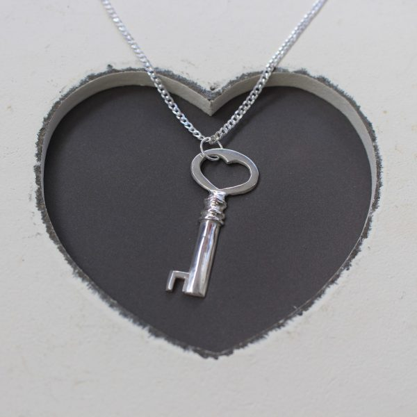 Blinkidees Sterling Silver Key Pendant & Chain